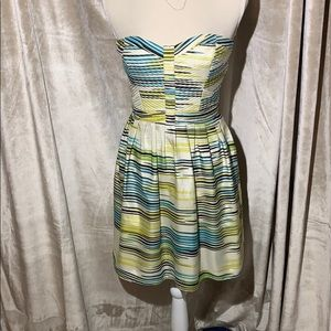 Flirty Devlin strapless, retro mini dress Sz L